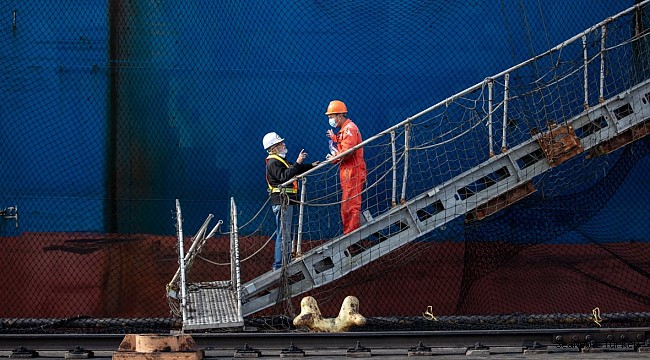 As pandemic stretches on, concern for stranded seafarers grows