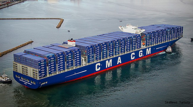 CMA CGM Group Begins LNG Fueling in Rotterdam for Containerships!