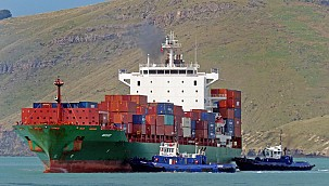 Pirates attacked on Turkish ship in the Gulf of Guinea: At least one seafarer lost his life!