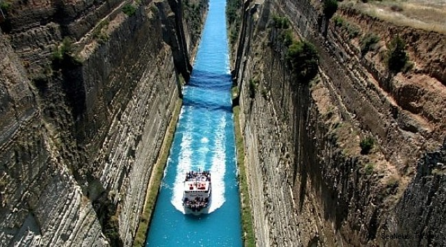 Corinth Canal crossings suspended: It might take months to reopen!