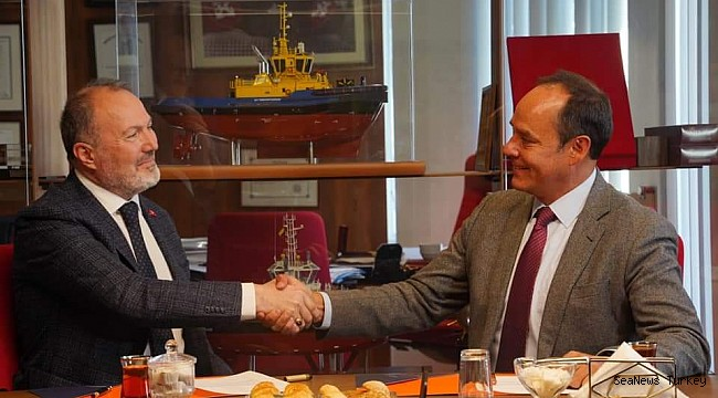 Two newbuilt Tugs' delivery signed by SAAM TOWAGE EL SALVADOR and UZMAR!