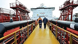 Shell to try hydrogen fuel cell technology on a Ro-Ro ship!